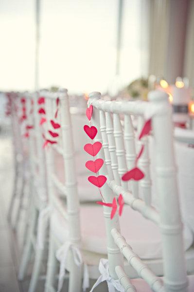Coração de papel em decoração de jantar
