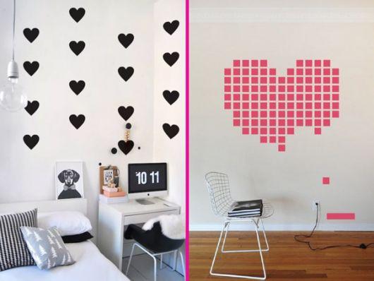 Coração de papel em decoração de parede branca