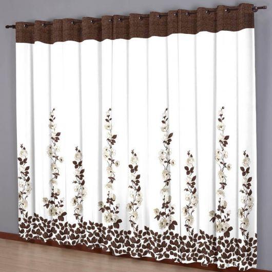 Como fazer cortinas: para sala branca com estampa de flores