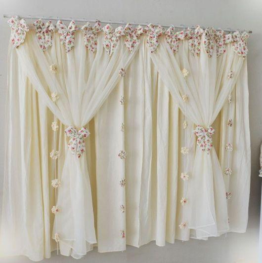 Como fazer cortinas: branca para quarto