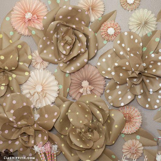 Como fazer flor de papel kraft