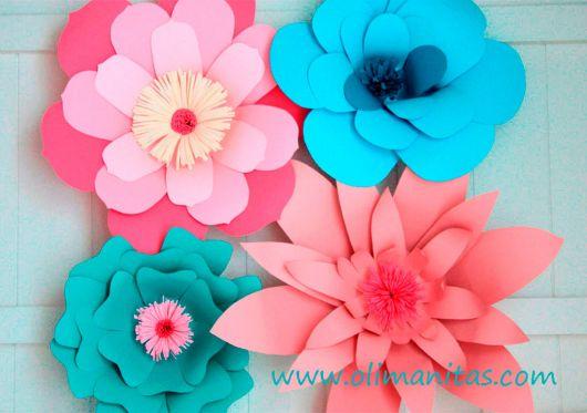 Como fazer flor de papel cartão rosa