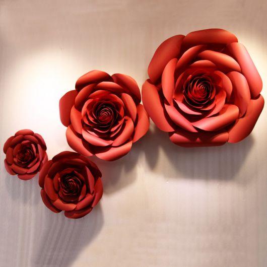 Como fazer flor de papel gigante vermelha