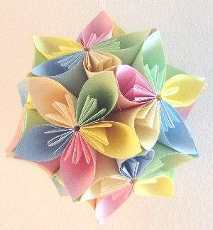 Como fazer flor de origami colorida