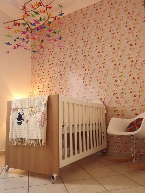 Decoração de quarto de bebê com tsuru