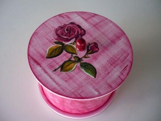 Porta jóia de MDF pintado na cor rosa