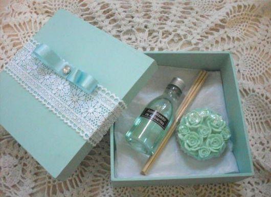 caixinha verde de MDF pintada