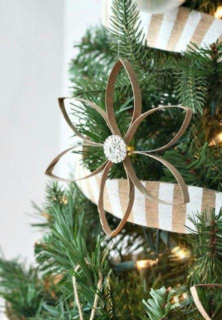 enfeite reciclável árvore de natal