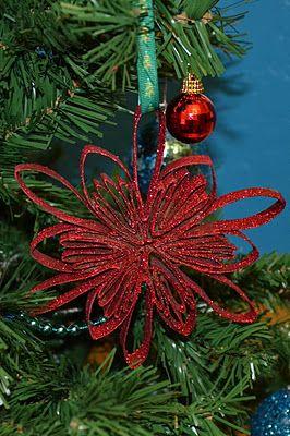 enfeite vermelho árvore de natal