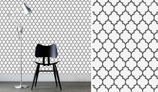 Papel de parede branco com detalhes em preto