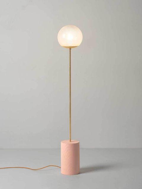 Luminária de chão rose gold super fofa