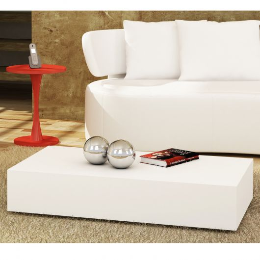 Modelo laqueado clean e dinâmico, perfeito para vários estilos decorativos