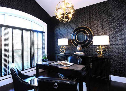 Para salas com elementos padronizados em tons mais escuros