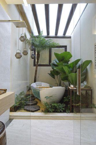 Em uma pequena área interna da casa, um exemplo de bom gosto e coerência