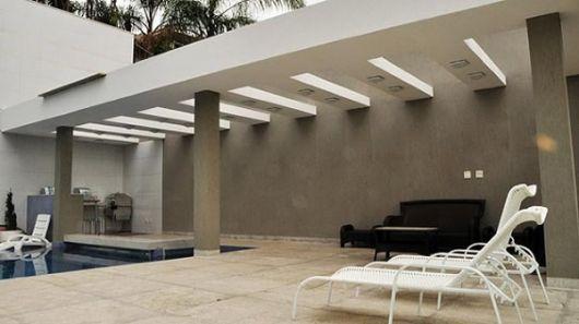 Pergolado de concreto na varanda