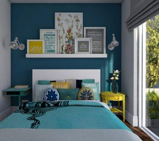 modernizar seu quarto com prateleira de quadros