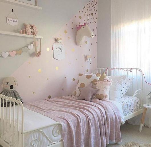 Decoração de quarto vintage com tema unicórnio