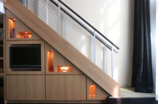Lindo projeto de madeira com vários detalhes que incrementam o móvel