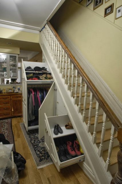 O armário pode funcionar como um verdadeiro guarda-roupas