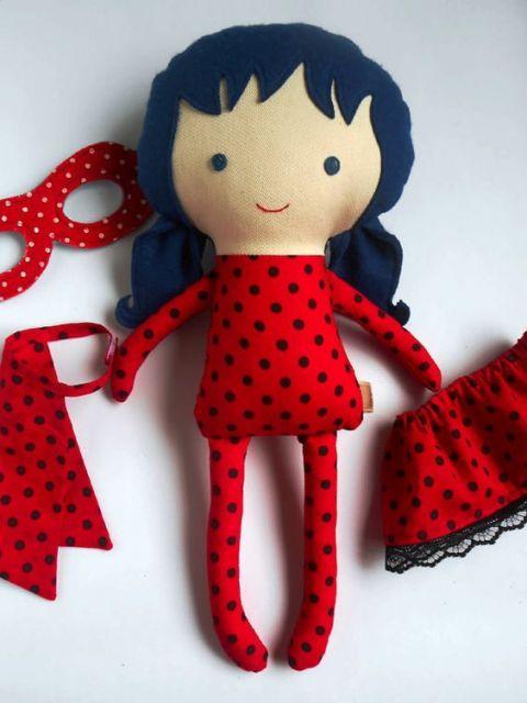 Boneca de feltro Ladybug