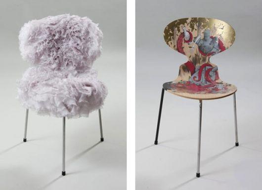 cadeira decorada com tecido fofo lilás.