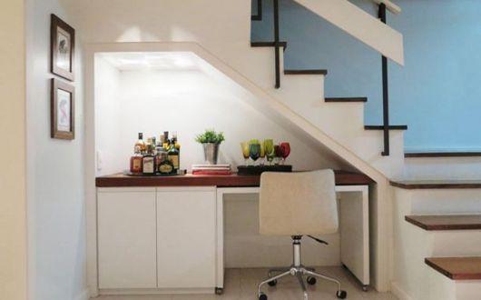 Criação de um bar simples embaixo da escada