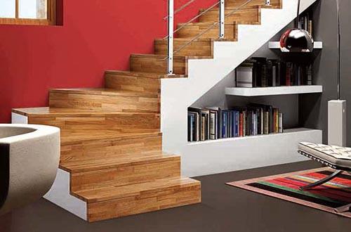 Esse espaço pode ser usado para por estantes de livros