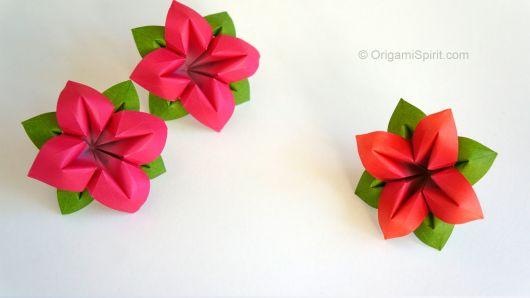 Dobradura de flor: Simples vermelha