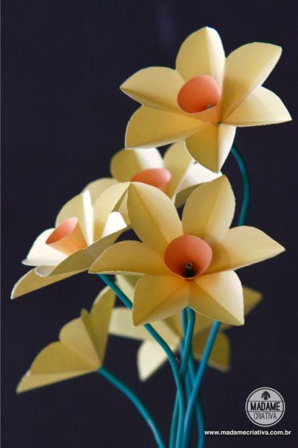 Dobradura de flor: Simples branca