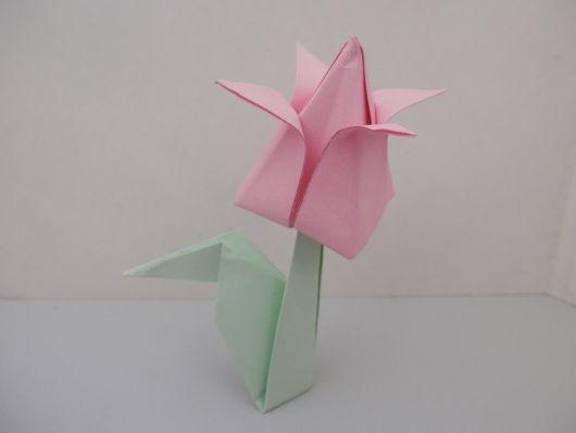 Dobradura de flor: Tulipa rosa