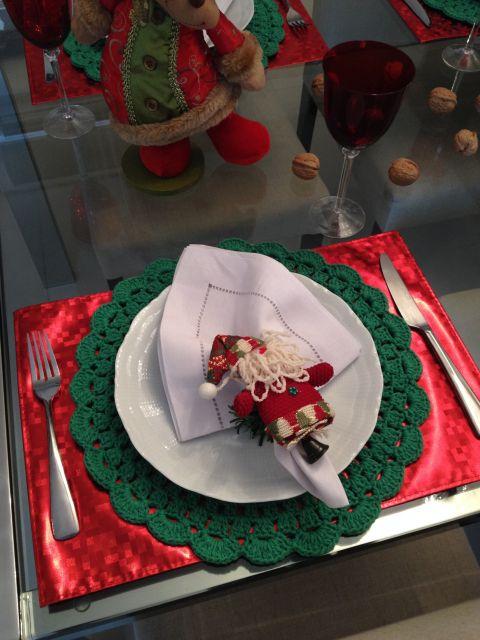 E o que acha de uma mesa de Natal assim?