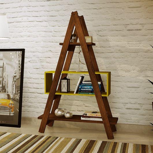 estante escada marrom.