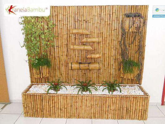fonte de água decorativa de bambu para parede.