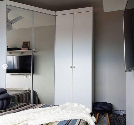 guarda-roupa modulado com espelho