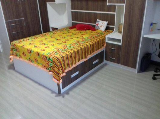 quarto feminino com cama embutida