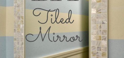 Espelho com moldura de pastilhas de madreperola
