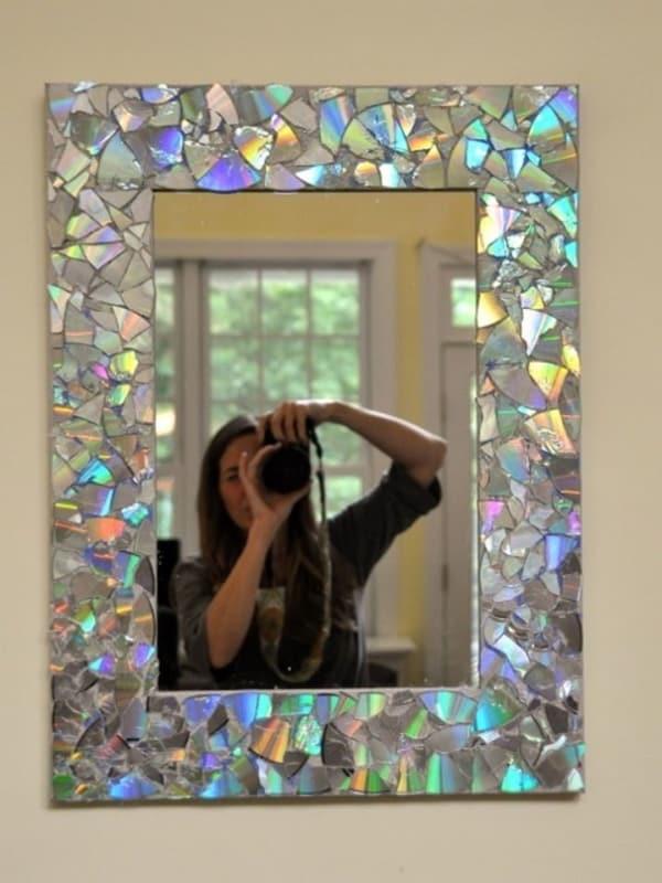 Moldura para espelho artesanal com CD