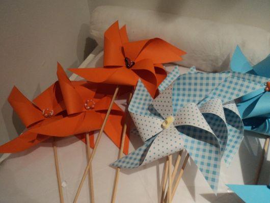 Catavento de papel laranja