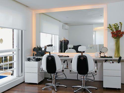 espelho com luz moderno
