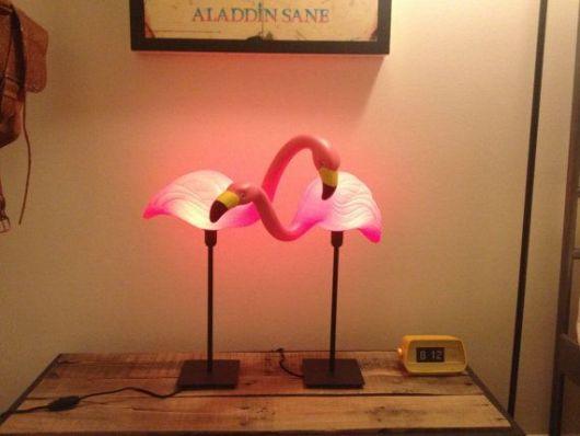 luminária com formato de ave