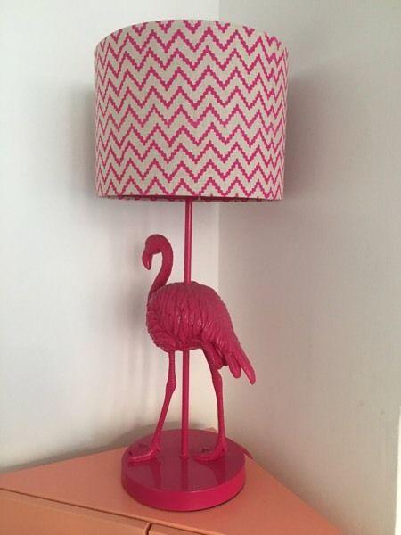 abajur de flamingo