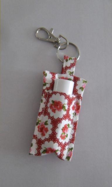 Porta-batom: Em tecido vermelho e branco
