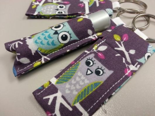 Porta-batom: Em tecido de coruja