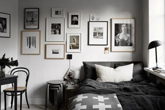 A sofisticação do P&B é perfeita para quartos modernos e contemporâneos com uma pegada minimalista