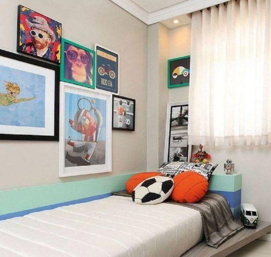 Versões coloridas e surrealistas de quadros para quarto masculino