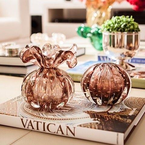 decoração com vaso marrom