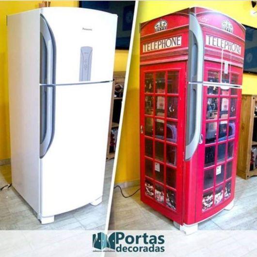 Antes e depois de geladeira com adesivo.