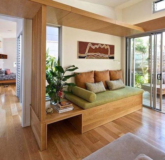 sofá de madeira sala