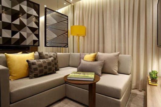 sala moderna com sofá de canto