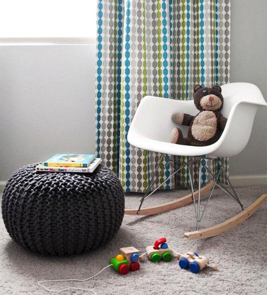 A cadeira de balanço é ótima para fazer o bebê dormir, de fato uma opção incrível para seu projeto